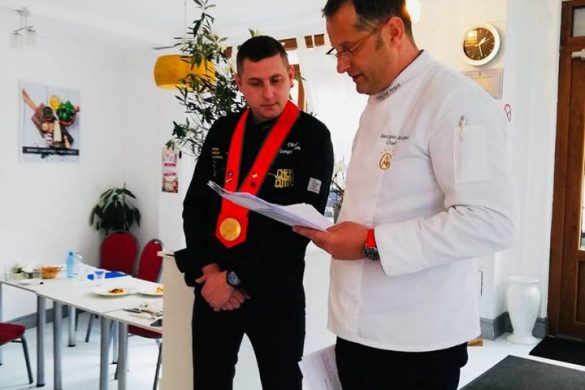 Absolvire curs Academy Cooking School